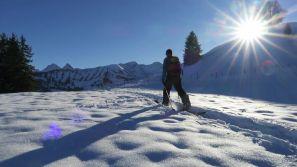 Repost @lagruyere !Split board à #moleson avec @valax.simon#frisek @surfmachinebulle #snowboard #split #lagruyere #fribourgregion