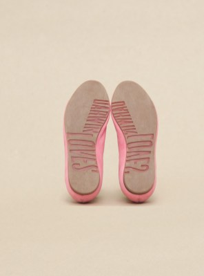 2pink-sole