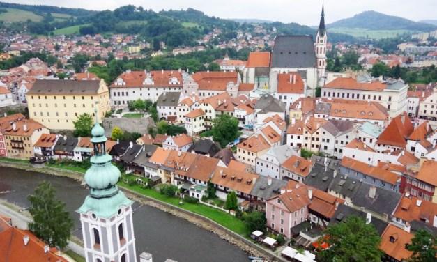 Český Krumlov : les chasseurs chassent les grenouilles !