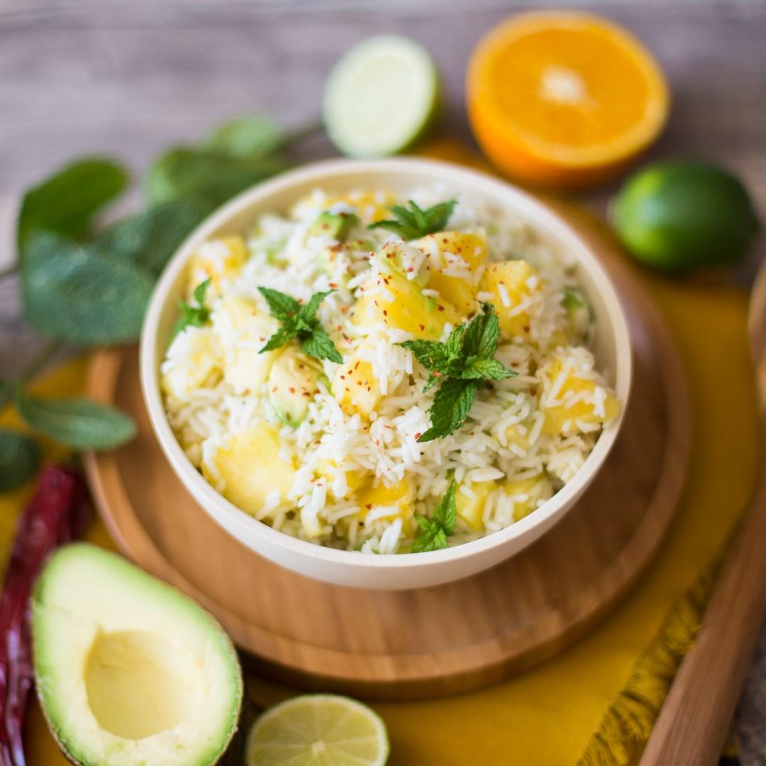 Reissalat mit Avocado und Ananas