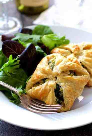 Chicken Spinach and Artichoke Puff Pastry Parcels