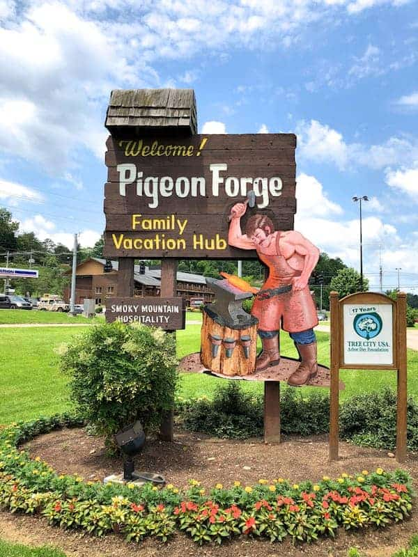 Temperature In Pigeon Forge Tennessee >> A Weekend In Pigeon Forge Tennessee From A Chef S Kitchen