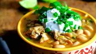 Chipotle Chicken and White Bean Chili