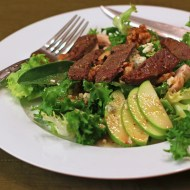 Hearty Steak Salad