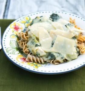 Creamy Chicken, Spinach, and Artichoke Pasta