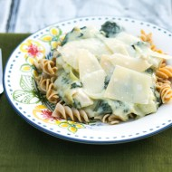 Creamy Chicken, Spinach, and Artichoke Pasta