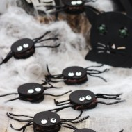 Oozy Spider Cookies