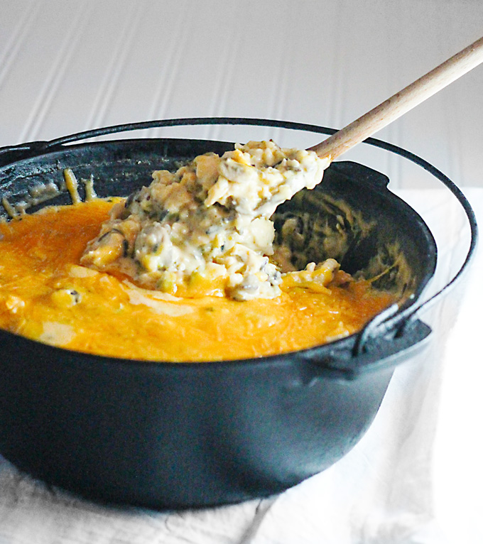 One Pot Cheesy Chicken and Broccoli Casserole