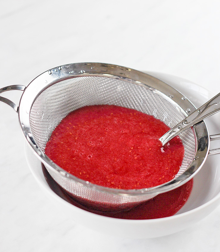 Raspberry Moscato Cocktails