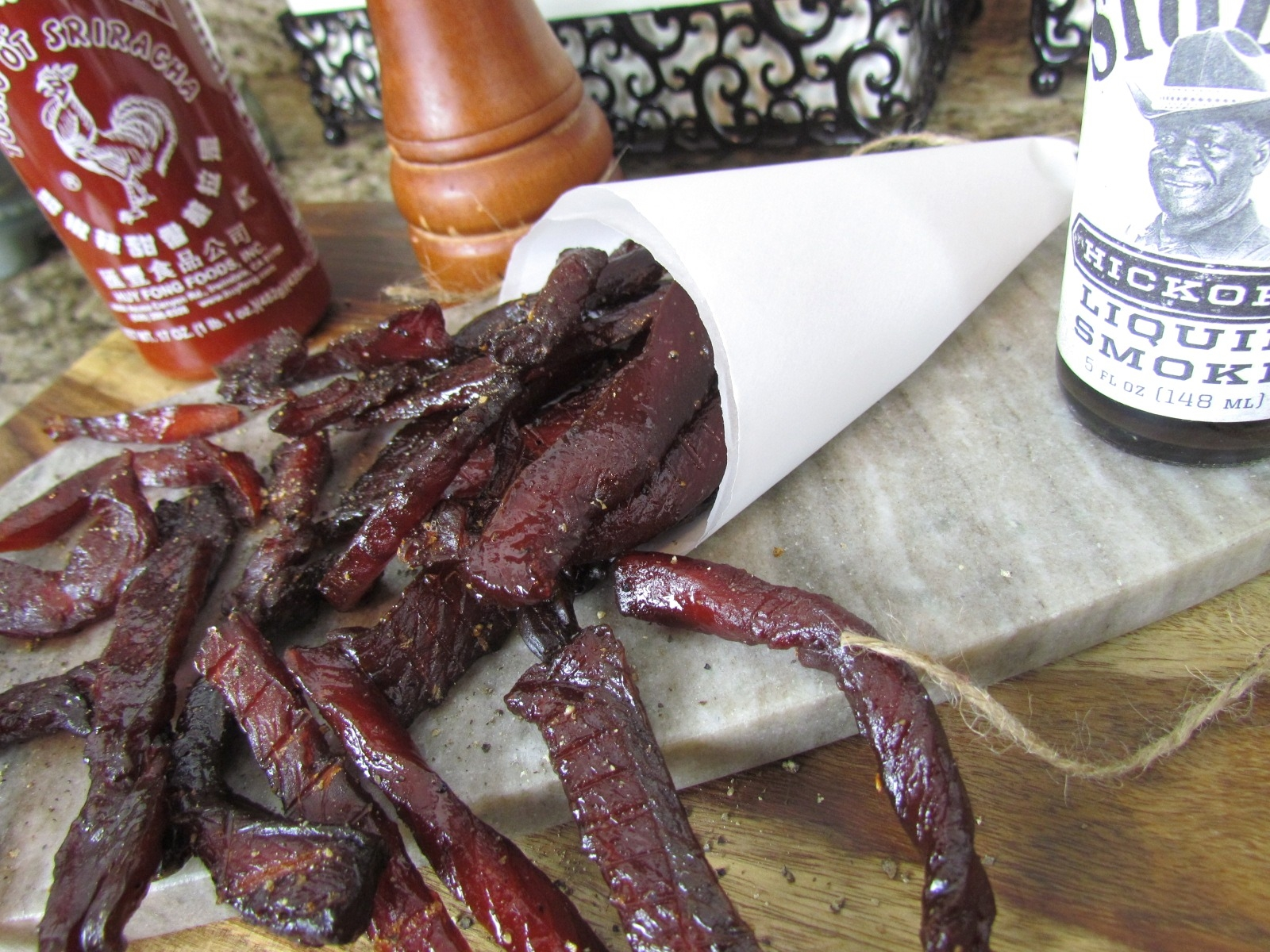 Sweet-n-Spicy Sriracha Salmon Jerky