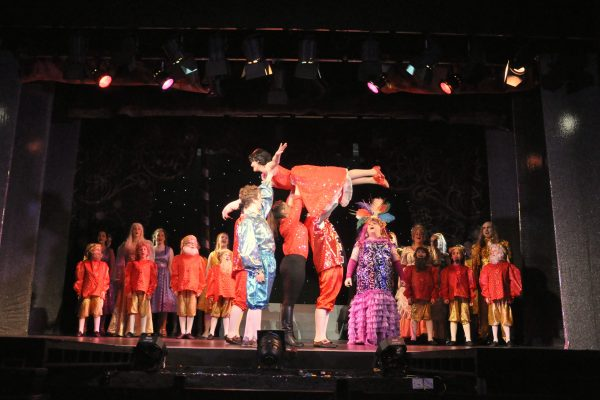 Cast of FMTC pantomine performs Snow White