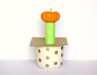 Explore inertia with a simple pumpkin experiment!
