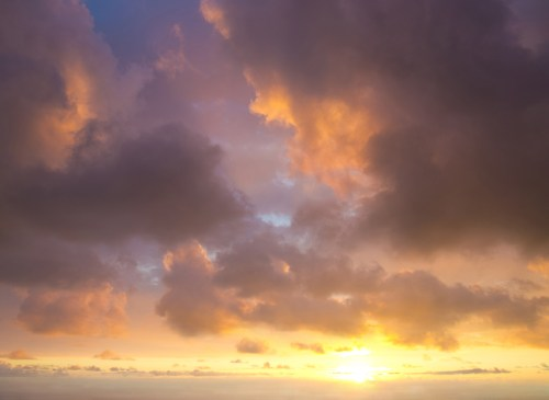 Sunset photographed from Hualalai mountain in Hawaii
