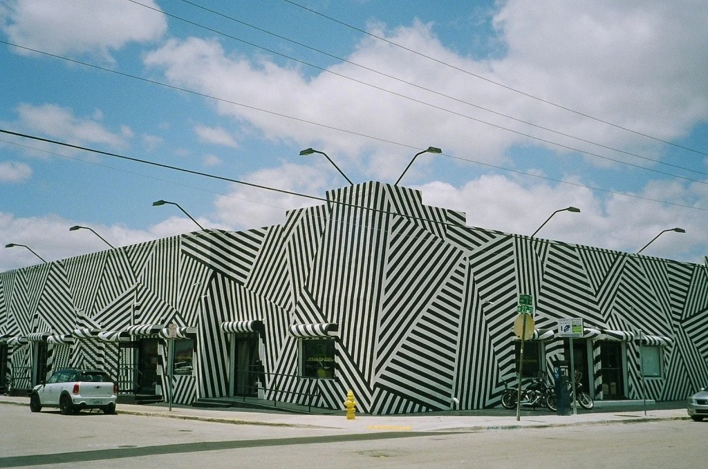 wynwood building where to eat and drink in miami by a local