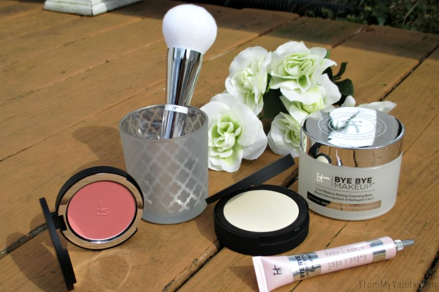 Just look at that brush, it looks so soft! I want it ALL over my face! | IT Cosmetics QVC TSV, IT's Your Bye Bye Collection