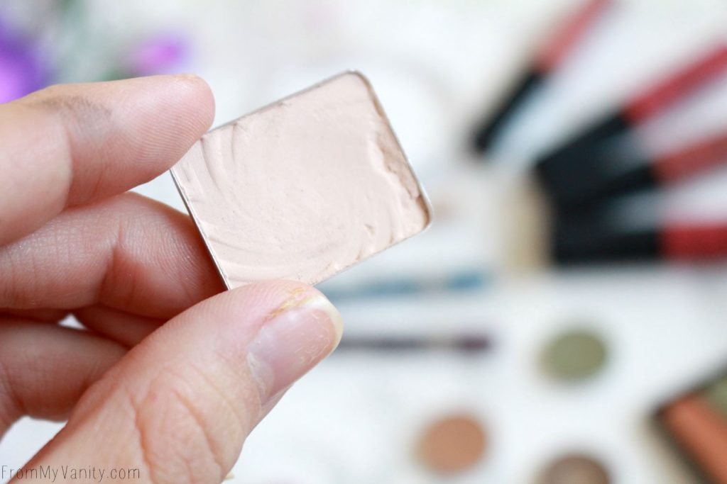 Top 5 Under $5   Affordable Makeup I Recommend   Wet n Wild Single Eyeshadow