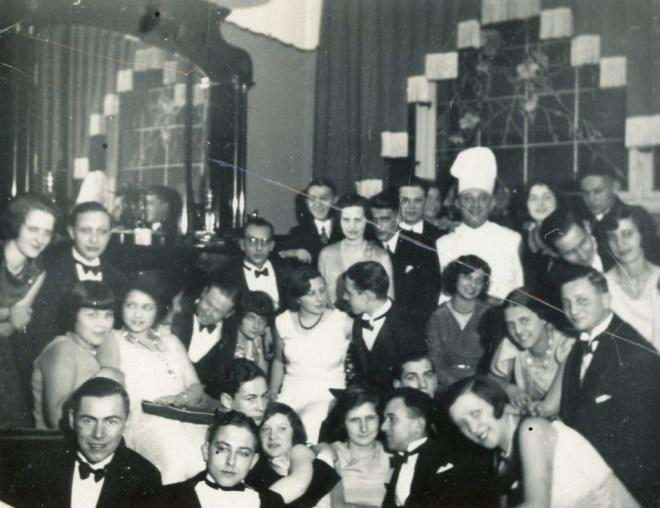 Party scene 1930/31