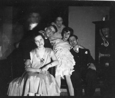 No date - A family group - early 1930s
