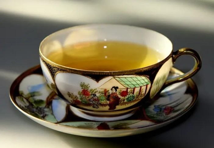 Green tea in a chinese cup