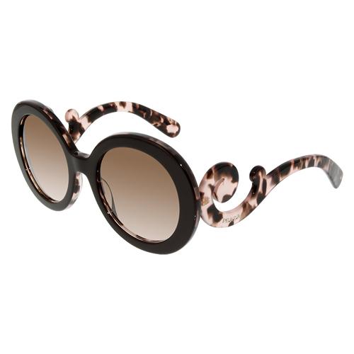 Sunglasses Mo'Nique in Almost Christmas (2016)