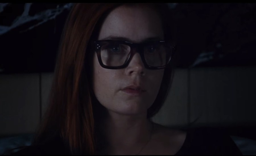 Glasses Amy Adams in Nocturnal Animals (2016)