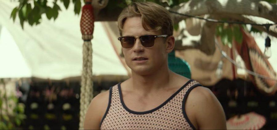 Sunglasses Billy Magnussen in Ingrid Goes West (2017)