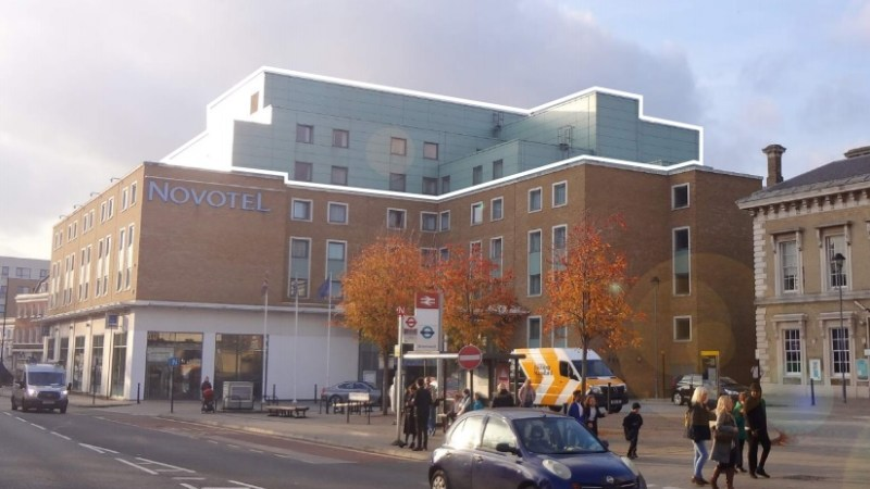 Greenwich Novotel hotel to have exterior cladding replaced