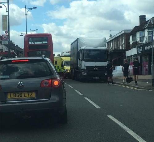 Frustrated resident captures Tesco delivery lorry blocking ambulance once again