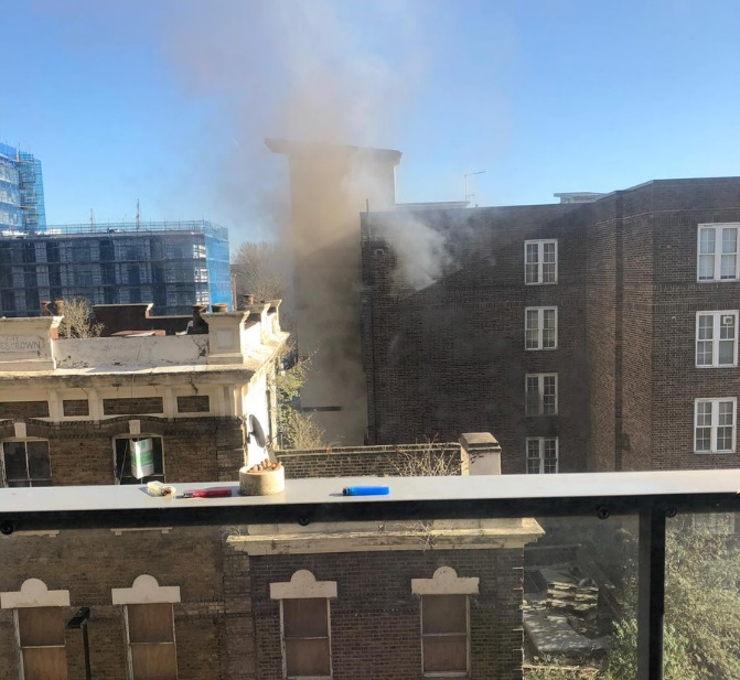 Flat fire in Greenwich this lunchtime