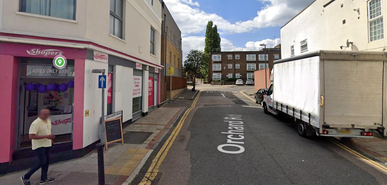 Man dead after stabbing near Plumstead High Street