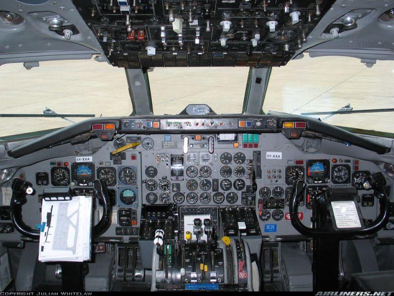 DC-9-14 5Y-XXA (3)