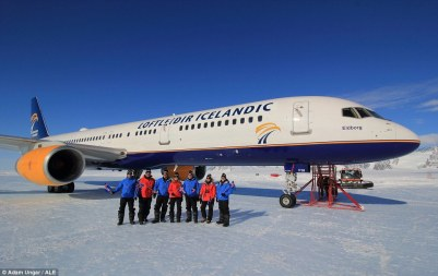 Loftleidir Icelandic Boeing 757 Union Camp 5