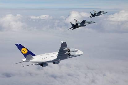 bulgarian-air-froce-mig-29-lufthansa-a380-3