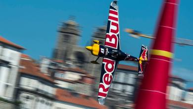Photo of Red Bull Air Race 2017: Sonka vince a Porto davanti 600,000 spettatori
