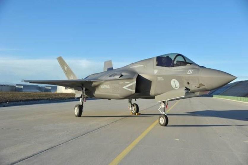F-35B - Consegna alla Marina Militare (1)