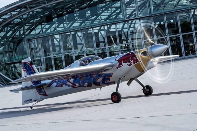 Red Bull Air Race - Zivko Edge 540 v2 Challenger Class (1)