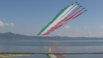 Photo of Frecce Tricolori sul Museo Storico dell'AM e Commemorazione del dirigibile ITALIA