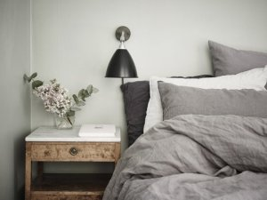 gray-white-linen-bedding