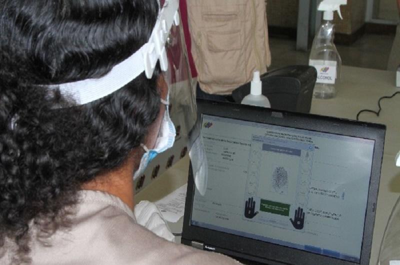 Registro electoral CNE