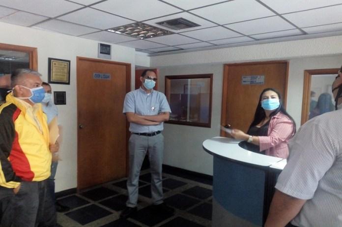 personal de salud FundaRedes