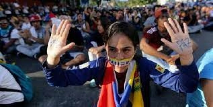 venezolanos decadencia