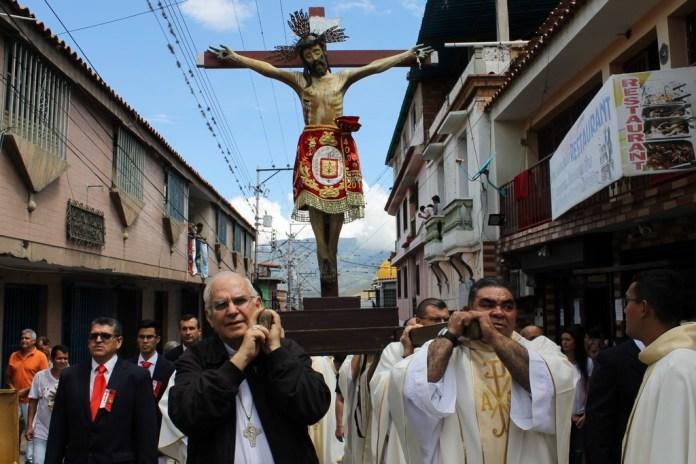 Monseñor Mario Moronta procesión del Santo Cristo de La Grita
