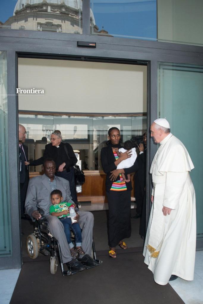 Vaticano,-24-luglio-Papa-Francesco-incontra-Meriam-Isha-07