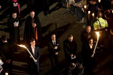 Papa-Francesco-Roma-3-aprile-2015-via-Crucis-al-Colosseo-03