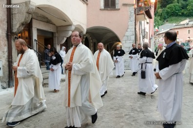 Festa-di-San-Giuseppe-da-Leonessa-(13-settembre-2015)-Processione-vescovo-Pompili-foto-Daniel-e-Daniela-Rusnac-05
