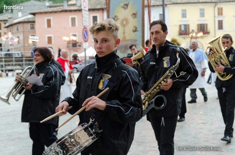 Festa-di-San-Giuseppe-da-Leonessa-(13-settembre-2015)-Processione-vescovo-Pompili-foto-Daniel-e-Daniela-Rusnac-23