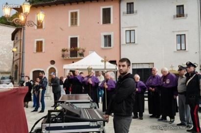 Festa-di-San-Giuseppe-da-Leonessa-(13-settembre-2015)-Processione-vescovo-Pompili-foto-Daniel-e-Daniela-Rusnac-44