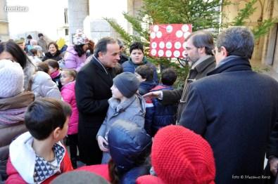 Alberto-della-Solidarietà-in-Piazza-del-Comune-foto-Massimo-Renzi-03