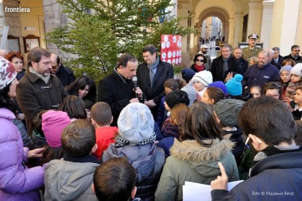 Alberto-della-Solidarietà-in-Piazza-del-Comune-foto-Massimo-Renzi-11