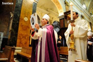 Giubileo-della-Misericordia-Processione-verso-la-Cattedrale-foto-David-Fabrizi-24